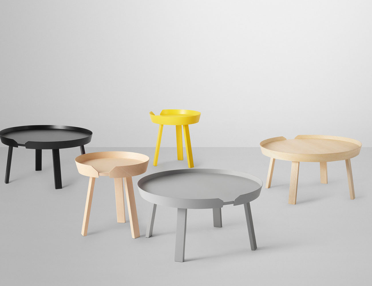 Around Coffee Table by Muuto