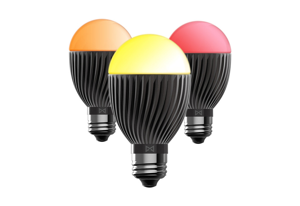 bolt-wirelessly-connected-smart-bulb-06