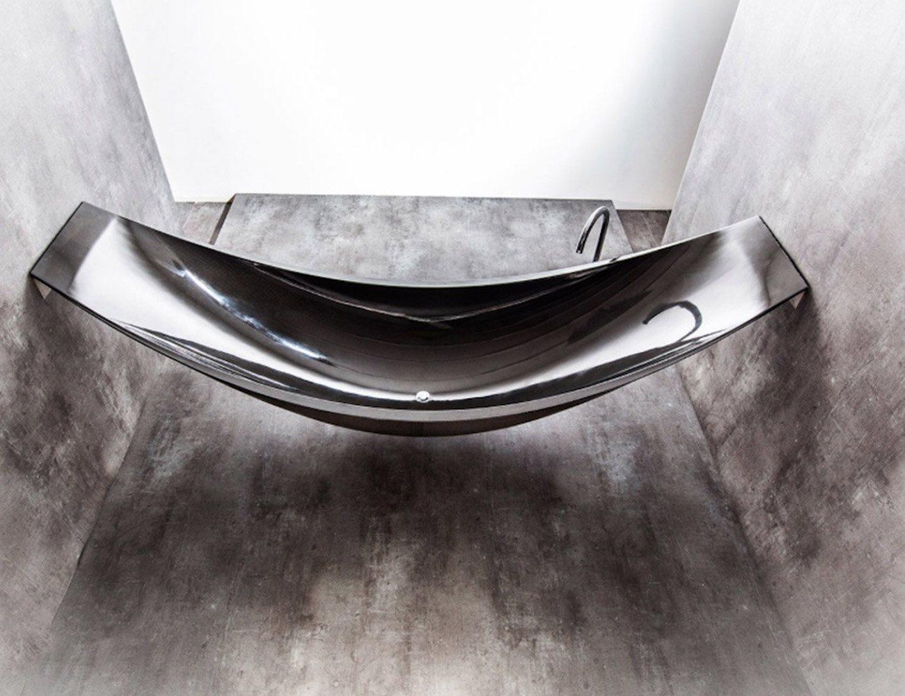 Modern Carbon Fibre Hammock Bath