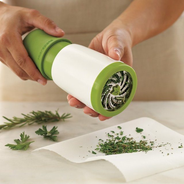 Microplane+Herb+Mill+%26%238211%3B+For+Mincing+Your+Herbs