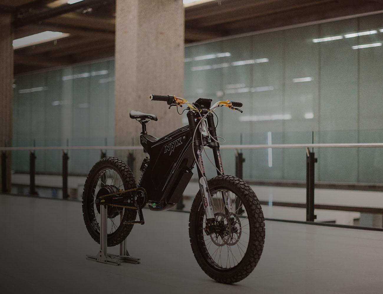 NYX 2015 : The World's First Carbon Fiber E-Bike Frame Kit