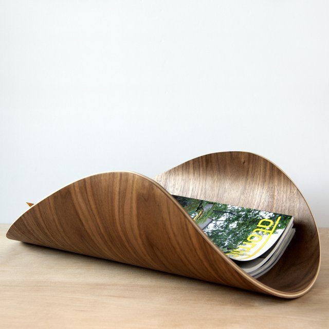 the-aspen-bent-plywood-magazine-rack