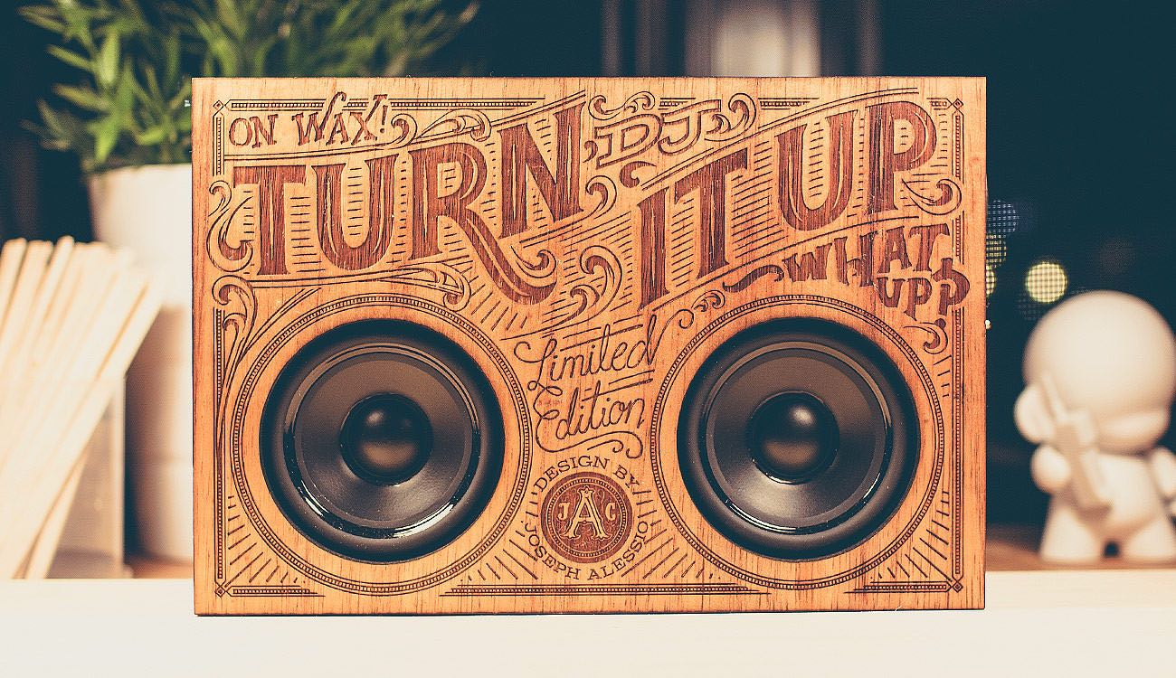 The Wooden Boombox loading=