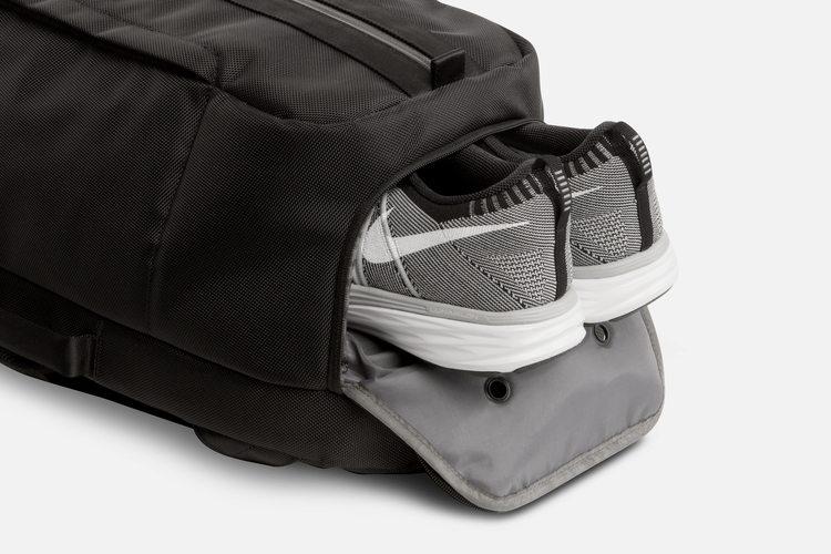 Aer Duffel shoe pocket