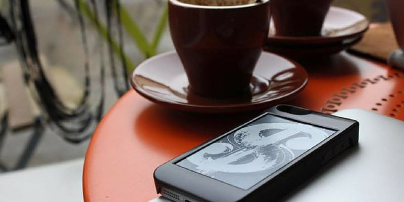 popSLATE iphone 6 case with e-ink display