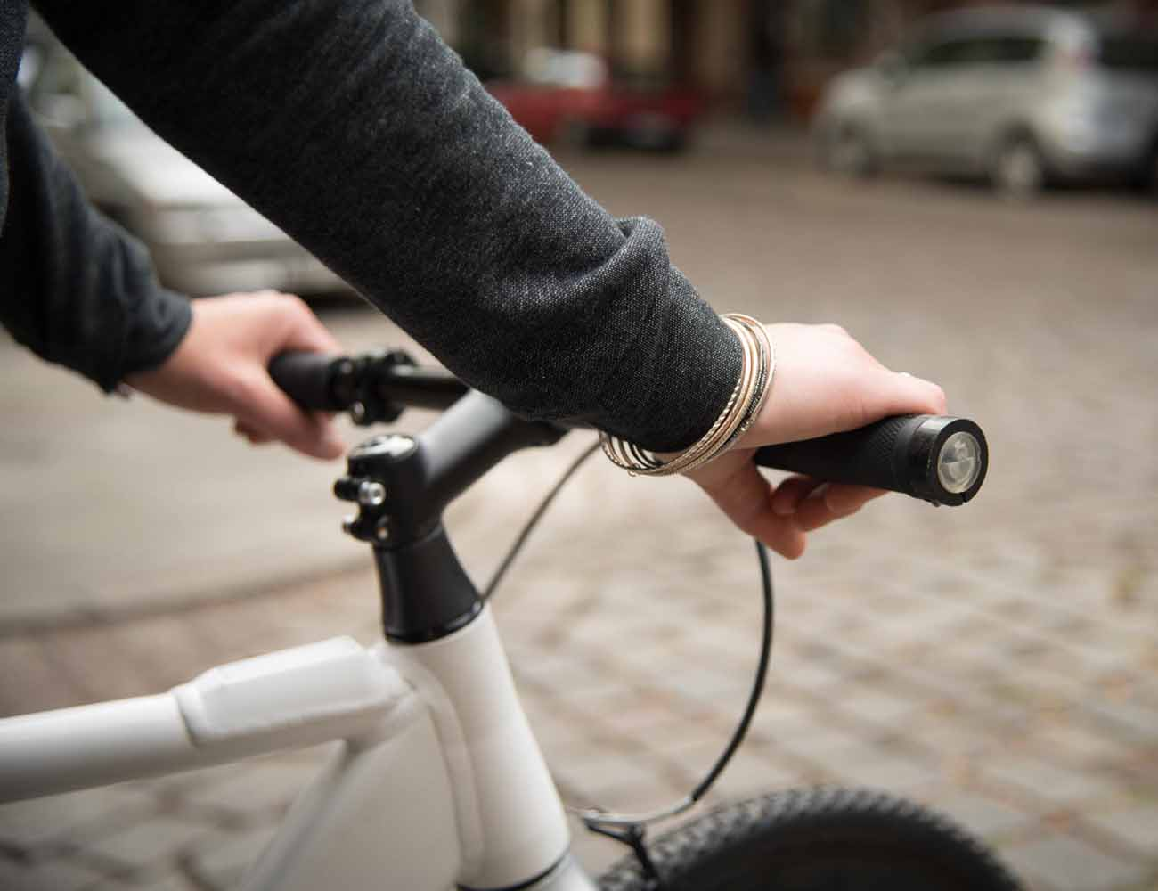 smrtGRiPS: World's First Connected Bike Grips