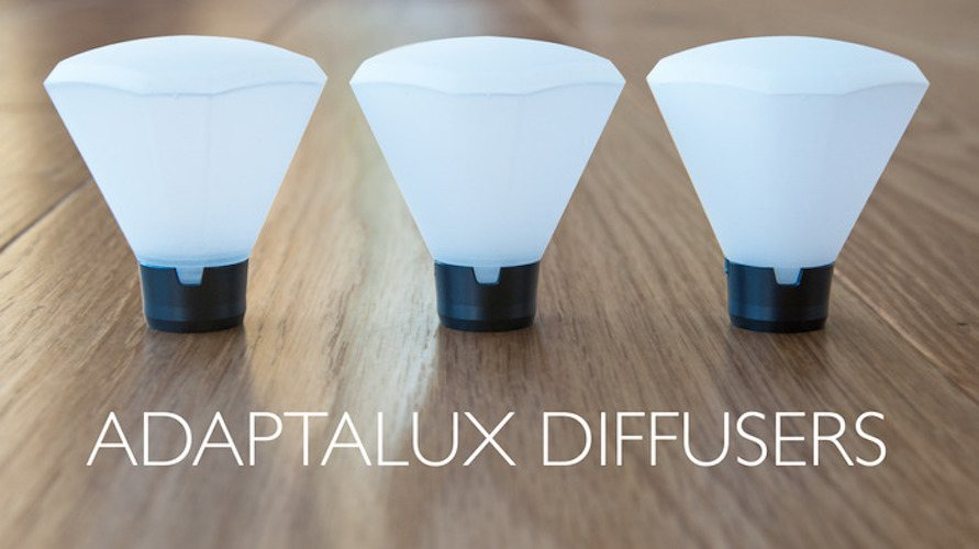Adaptalux – An Adaptable Miniature Lighting Studio