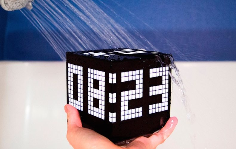 Cuberox – Waterproof 6-Display Linux Cube Gadget With Apps