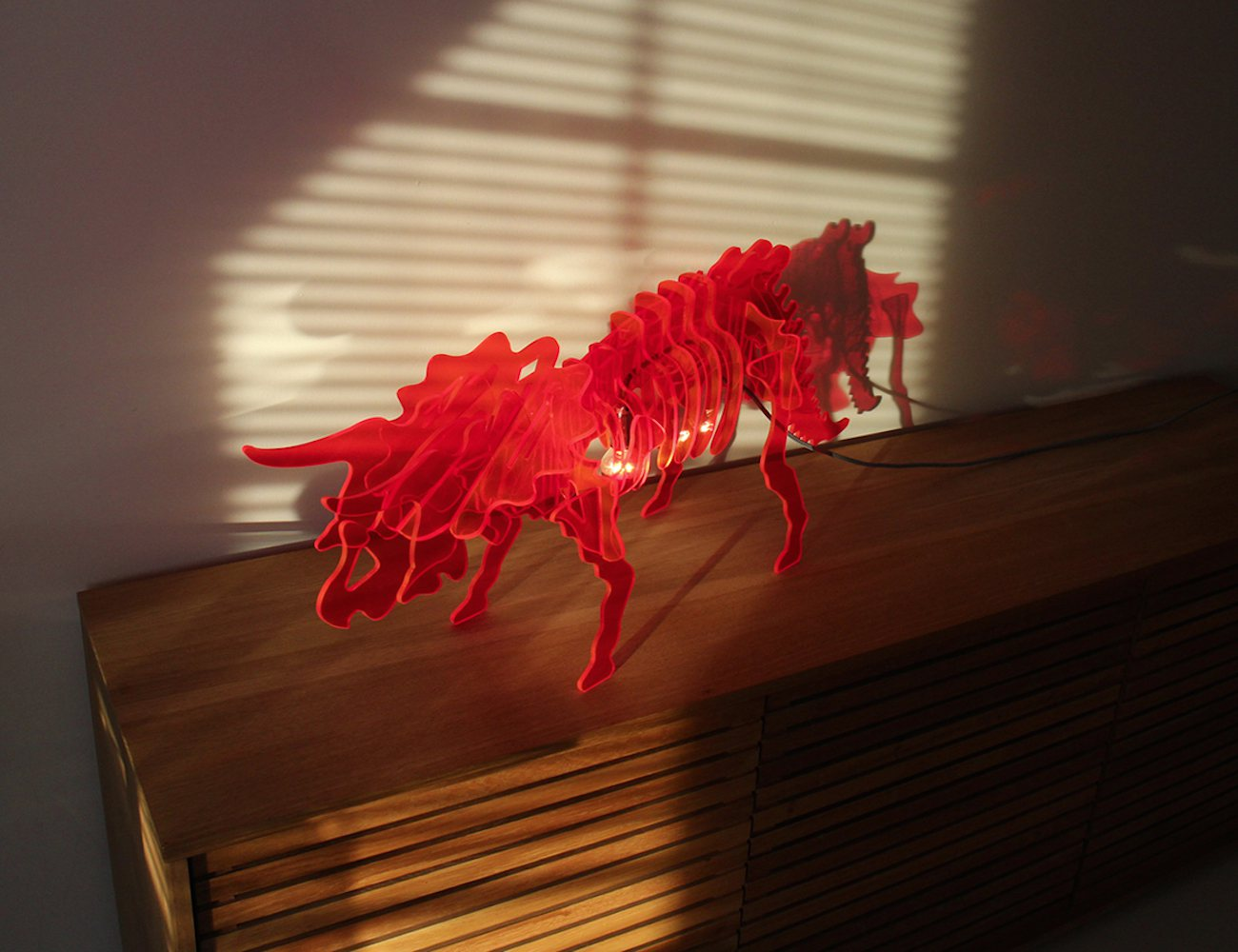 Dino light – A new kind of modern lamp