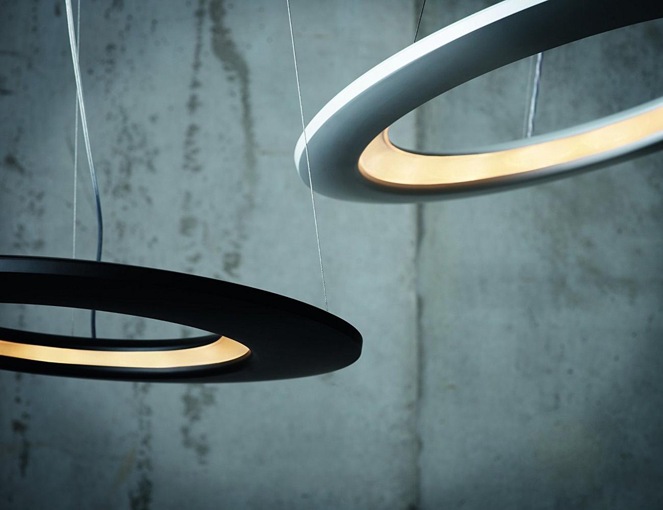 Ecliptic Pendant – An Interplanetary Pendant Lamp Design
