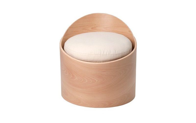 Gabi Chair – A Tilted Design Made of Beechwood