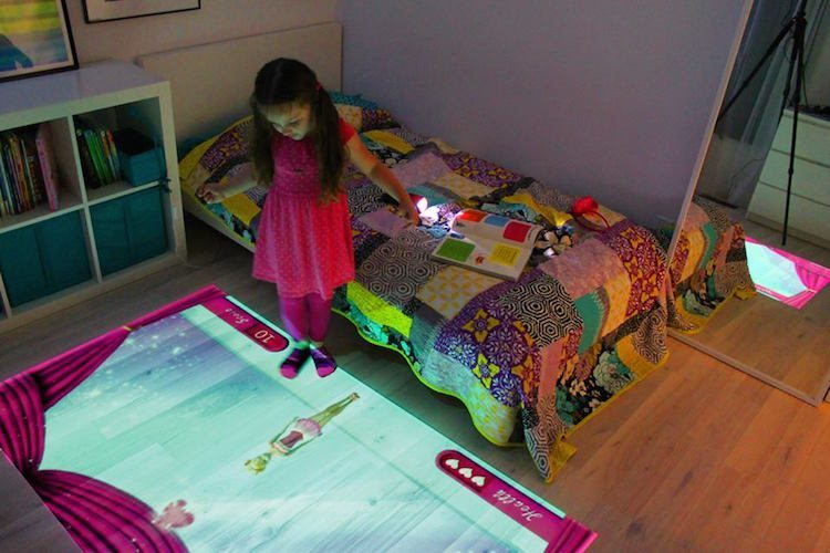 Lumo Interactive Projector