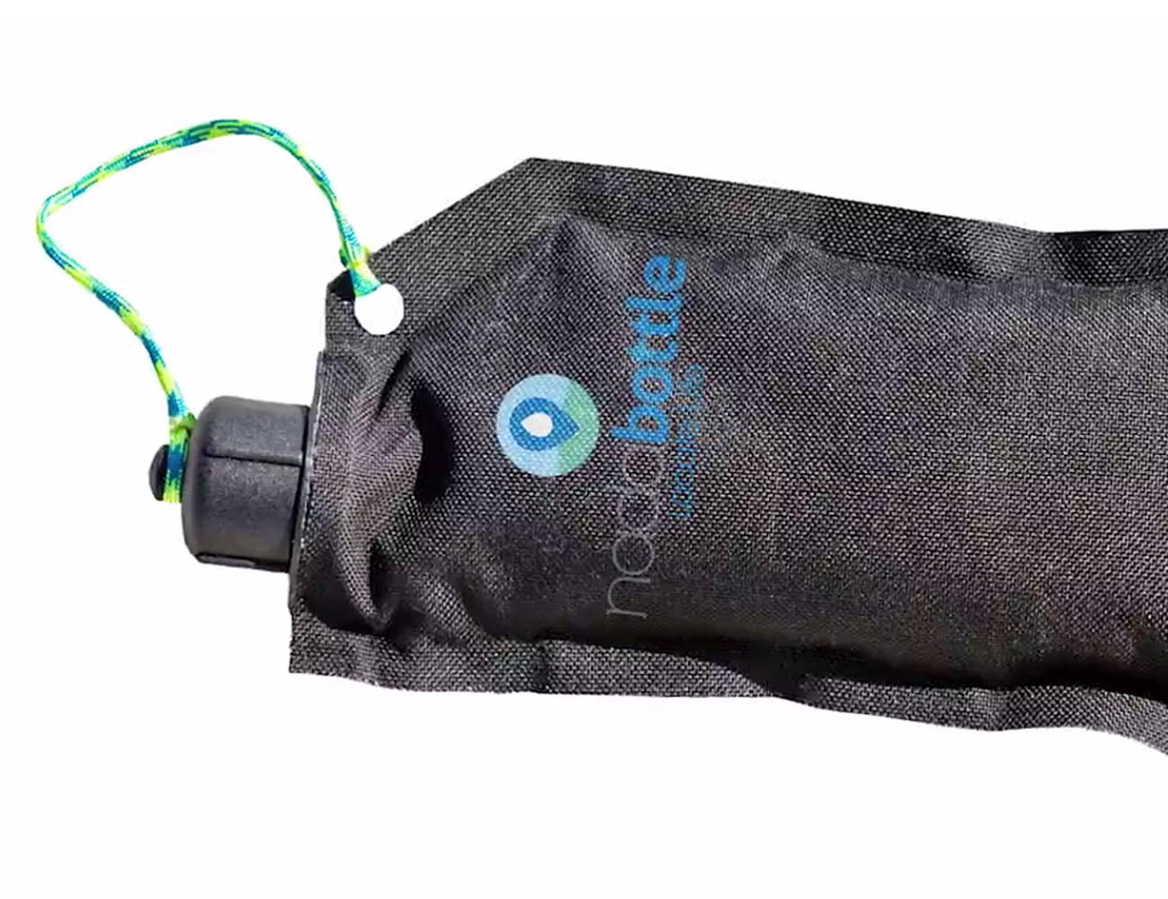 Nada Bottle : A Collapsible Water Bottle With A Purpose