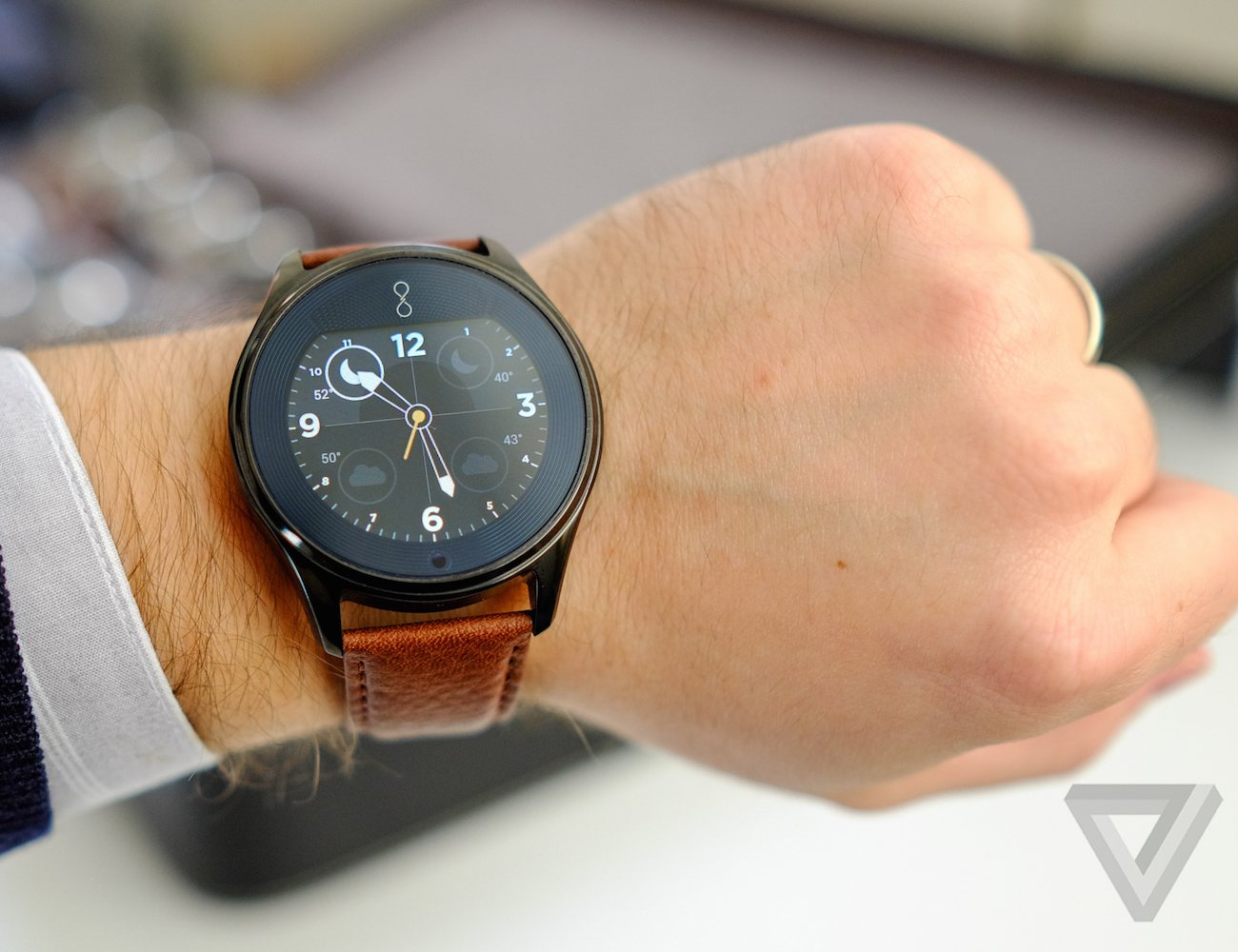 Olio Smartwatch Model One Black Collection