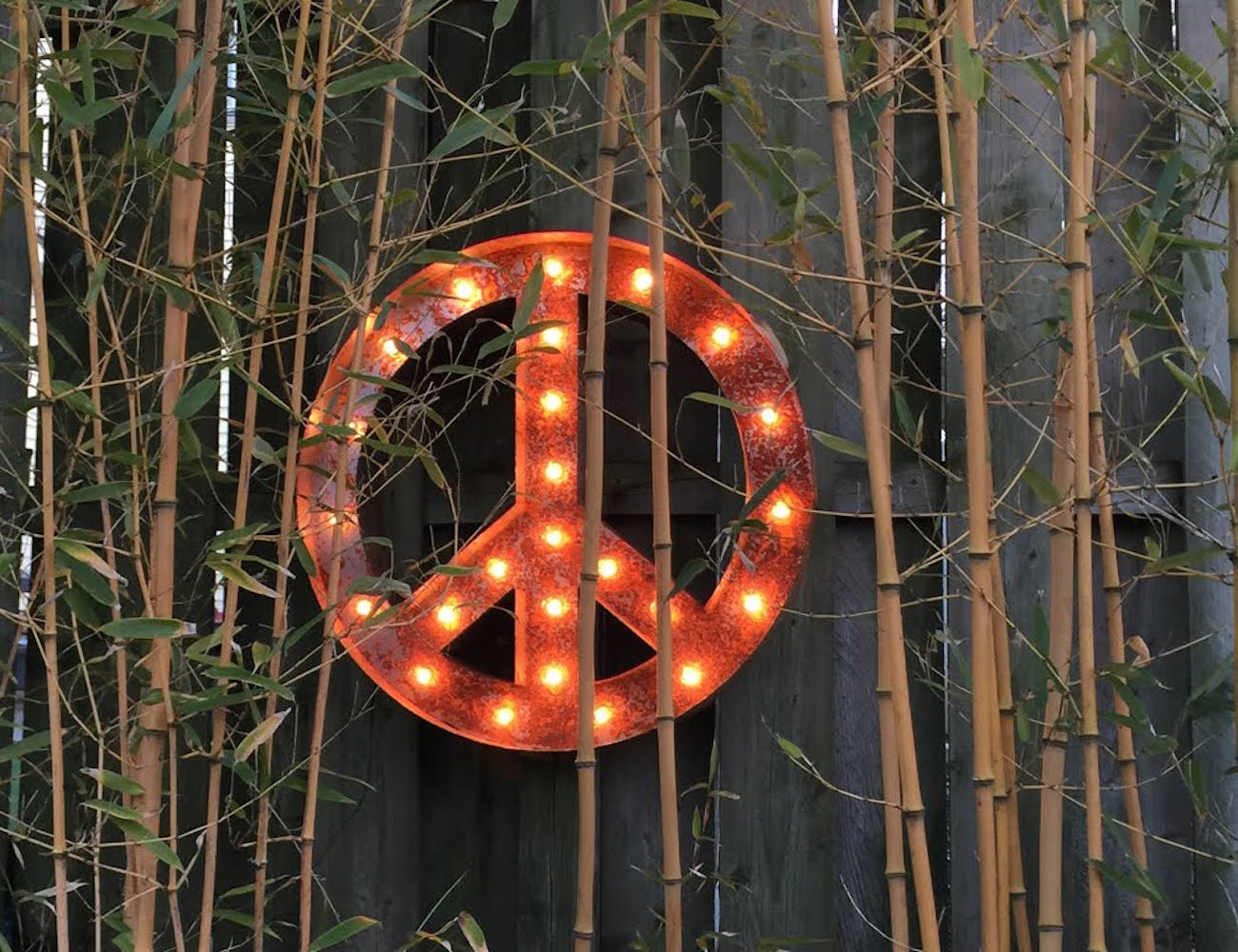 Peace Sign by Vintage Marquee Lights