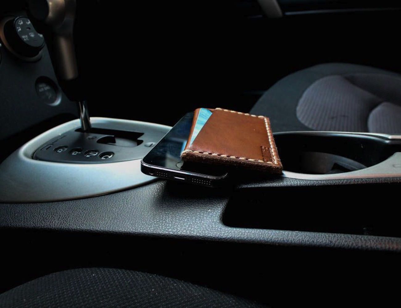 range-minimalist-wallets-02
