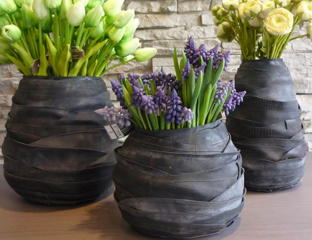 Rubber Ovale Vases by Serax » Gadget Flow