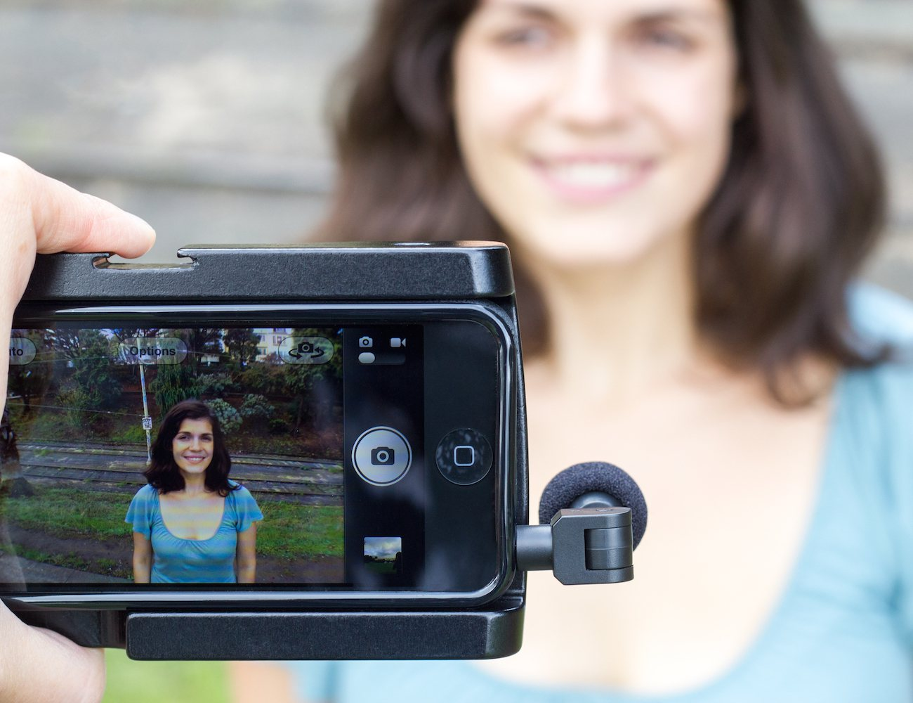 Turn your iPhone into a Hand-held Video Rig