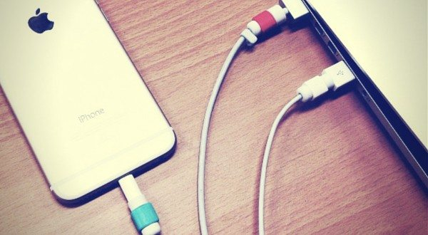 Lightning and Magsafe Saver Preserves Your iPhone/iPad/MacBook Cables Like a Pro