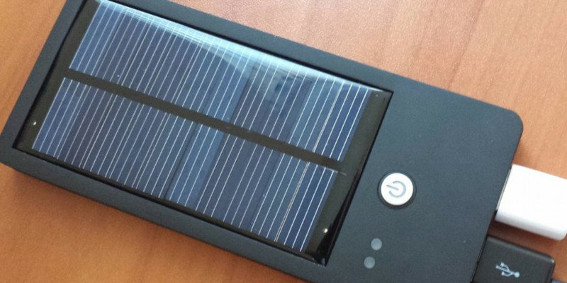 Solocharg! USB Solar Charger for Smartphones