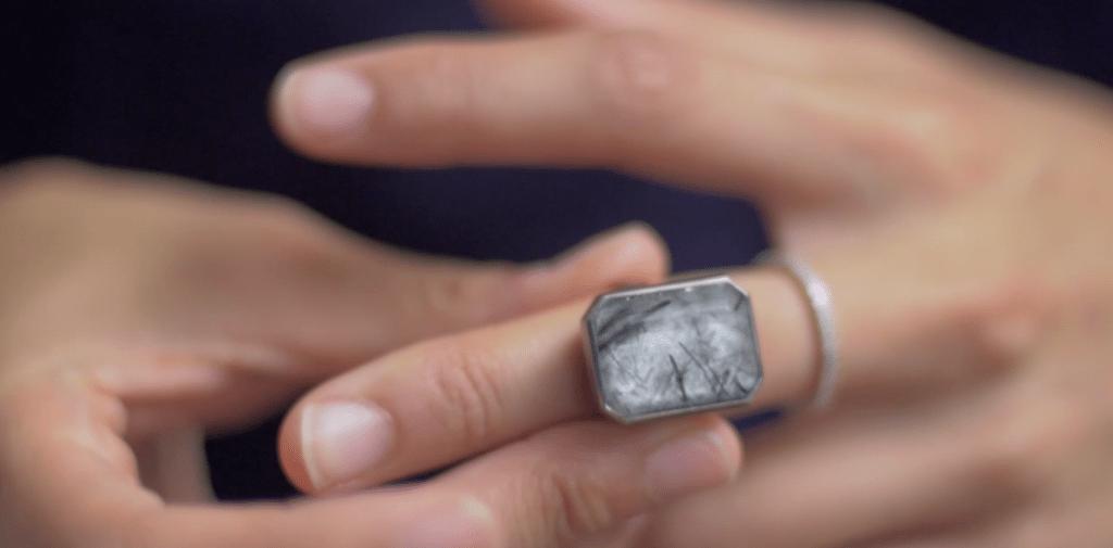Ringly on finger