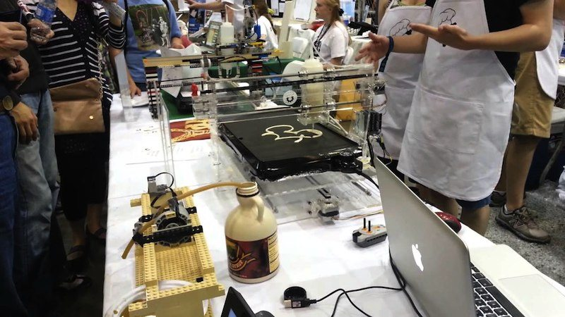 PancakeBot at an event