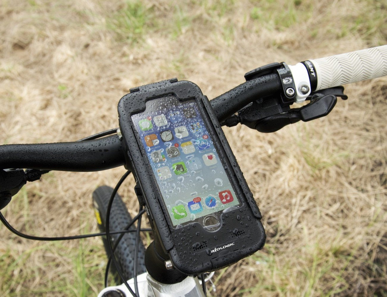 bike-mount-plus-for-iphone-6-01