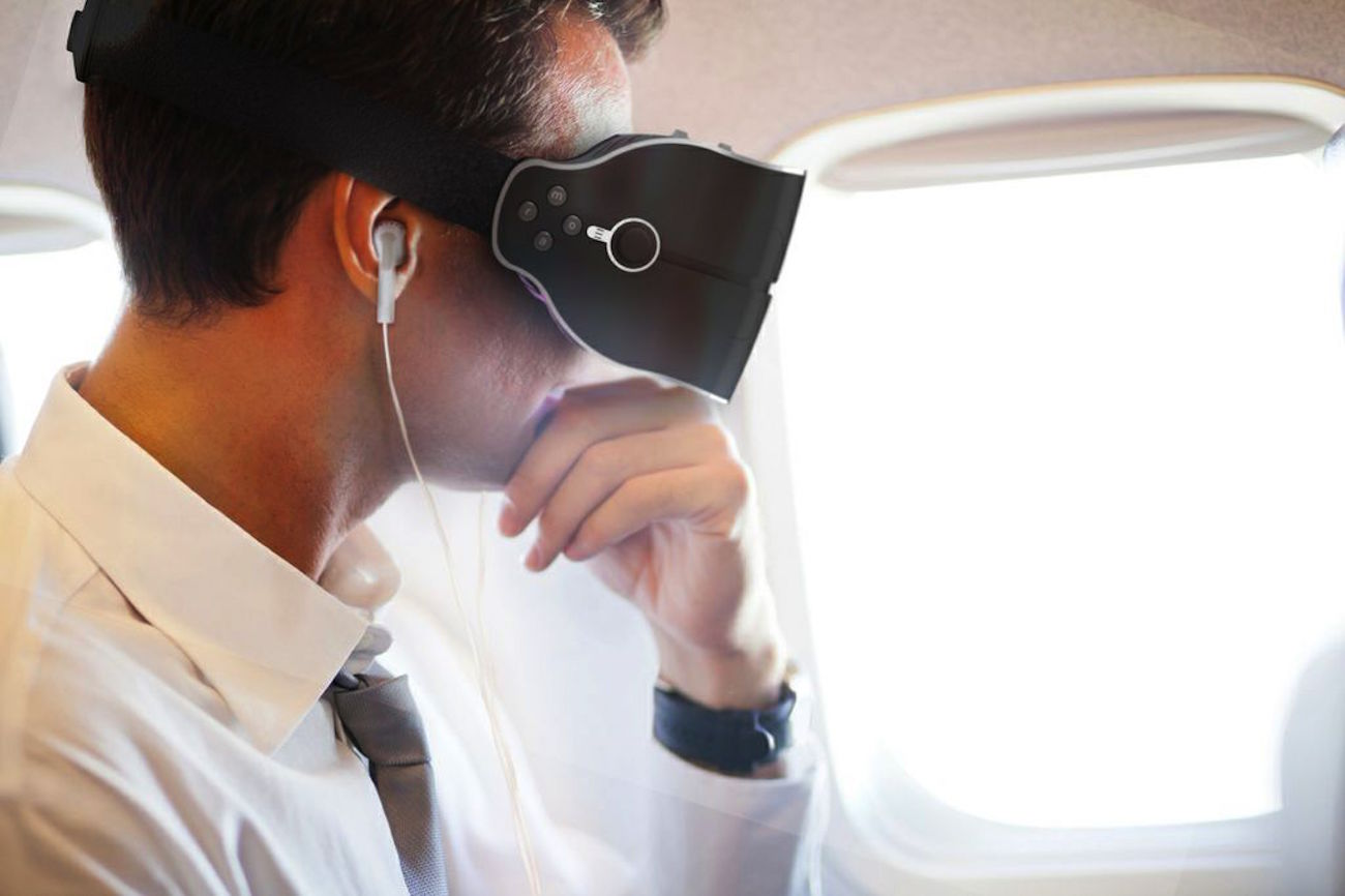 Cmoar Virtual Reality Headset with integrated electronics