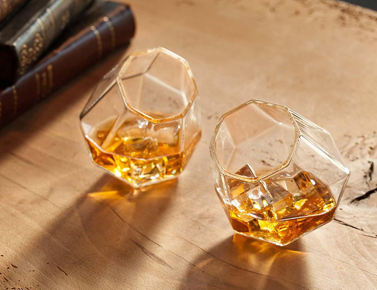 "Diamond <em class=""algolia-search-highlight"">Whiskey</em> Glasses"
