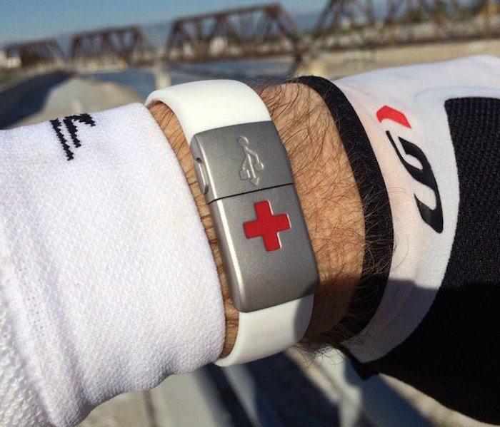 EPIC-id USB Emergency ID Wristband