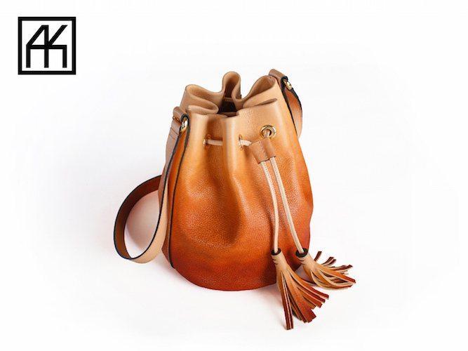 hand-dyed-handbags-02