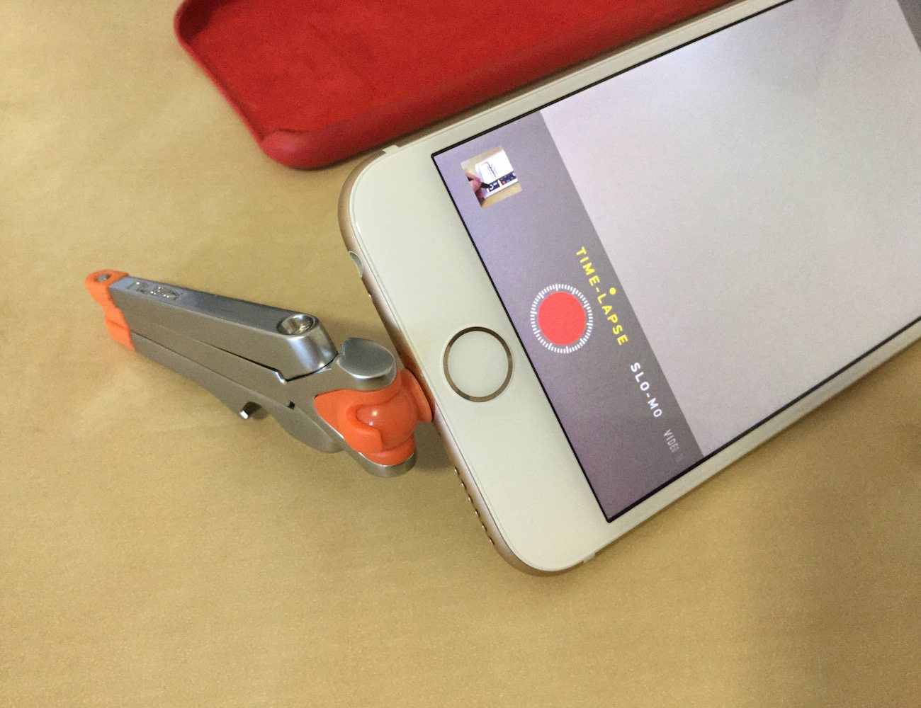 kenu-stance-compact-iphone-tripod-02