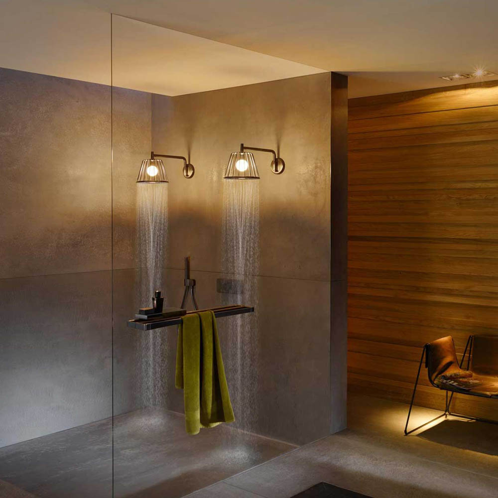 Lampshower+%26%238211%3B+A+Sophisticated+Shower+Head