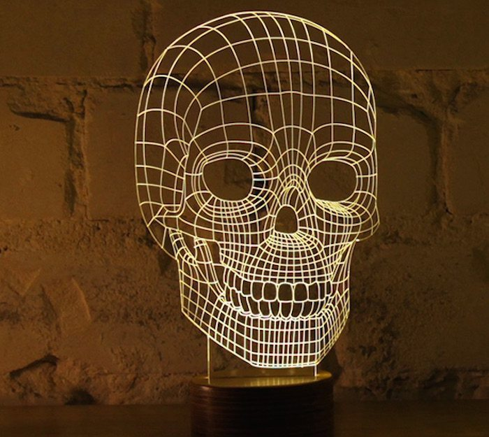 Light+Skull+By+Bulbing+%26%238211%3B+Crafted+Using+3D+Wire+Frames