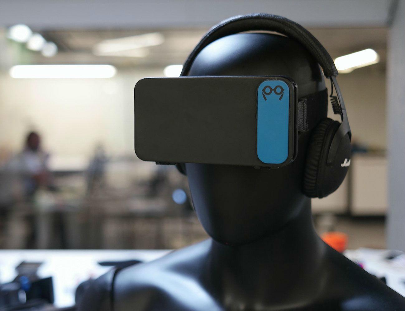 Moggles+Pocket+Virtual+Reality