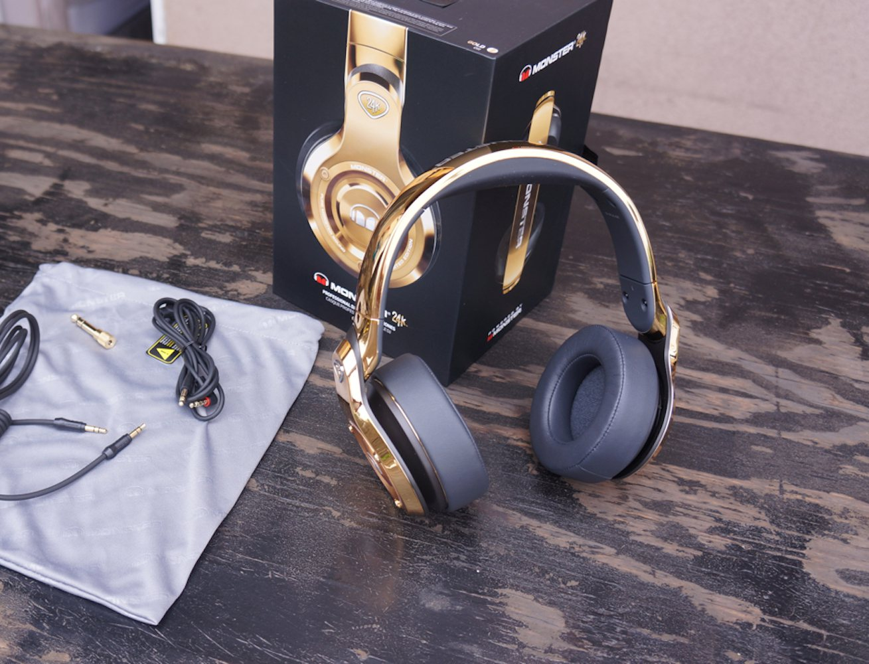 monster-24k-over-ear-headphones-04