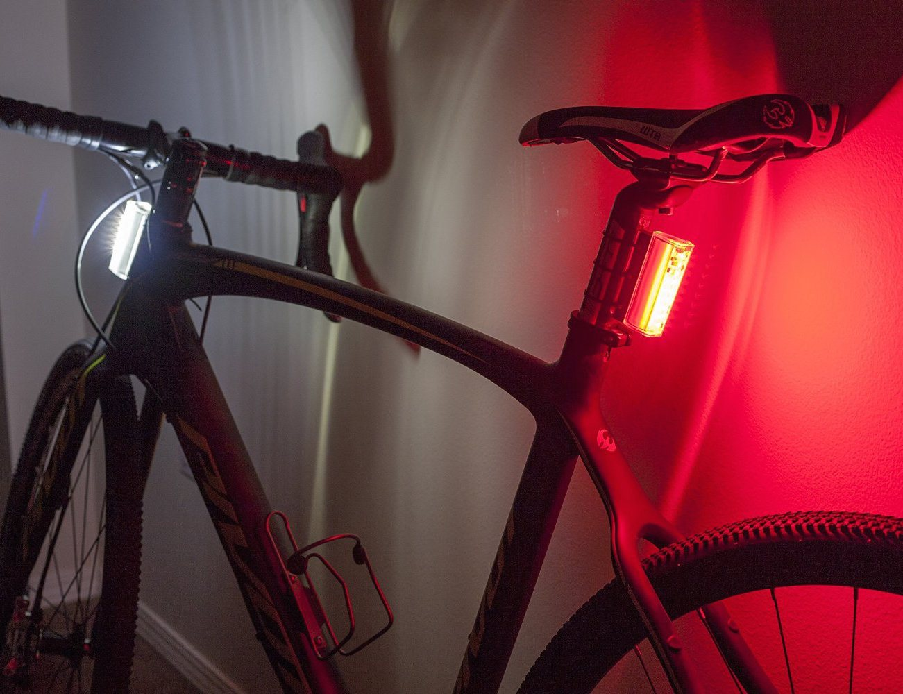 Flare by Orfos – 360 Degree Bike Headlight and Tail Light