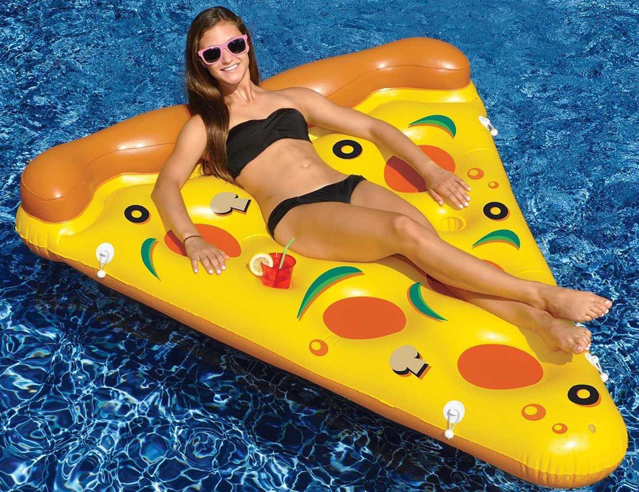"<em class=""algolia-search-highlight"">Pizza</em> Slice Pool Float"