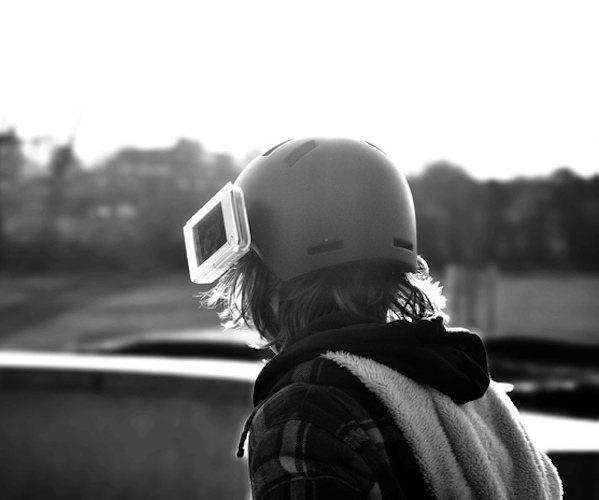s-1-helmet-cam-adapter-for-iphones-02