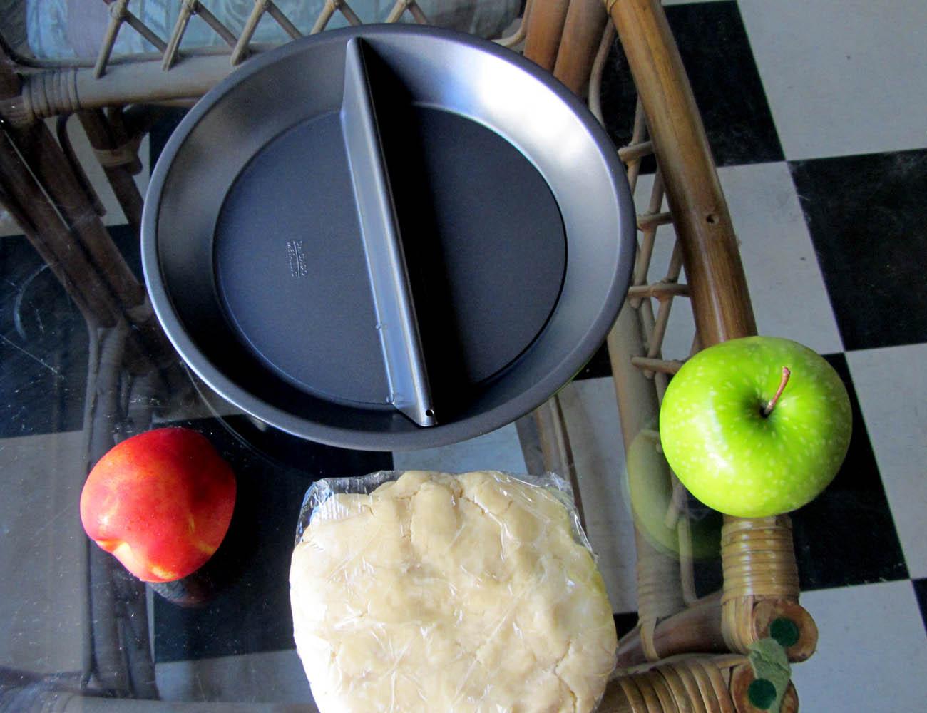 Split Decision Pie Pan