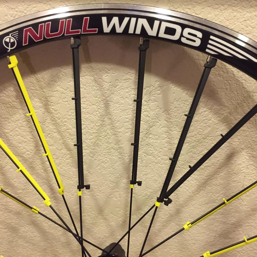 Spoke Fins Cut Drag 50% in Crosswinds