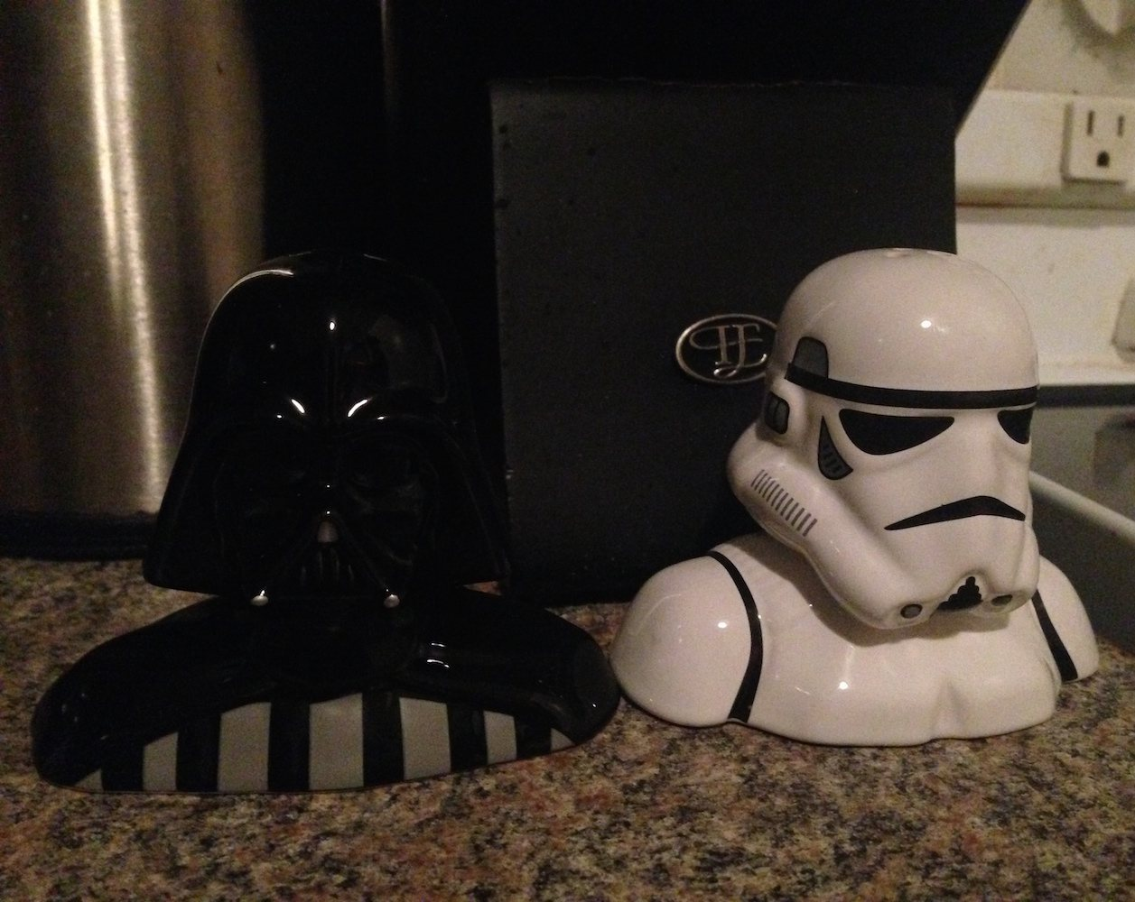 star-wars-salt-pepper-shakers-03