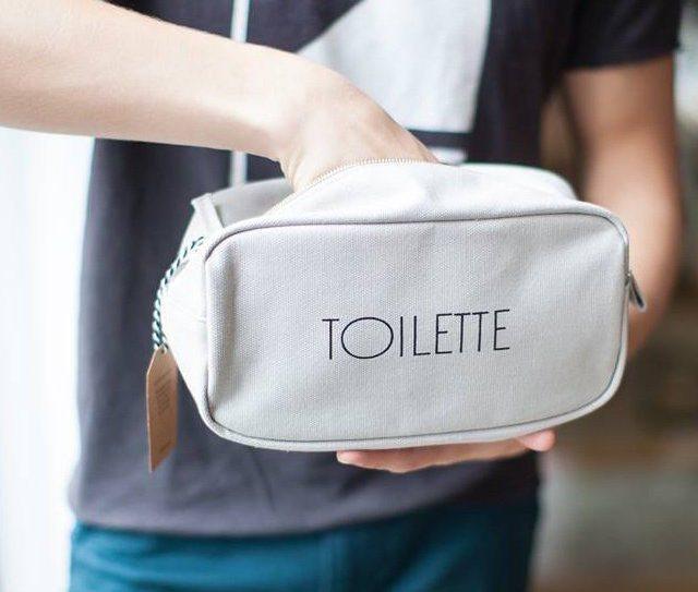 Toilette Dopp Kit Design by Izola