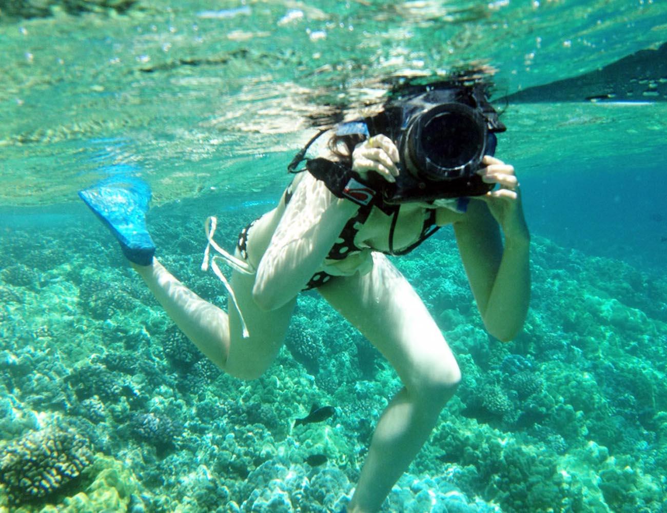 WPS10+Waterproof+Camera+Case+By+DiCAPac