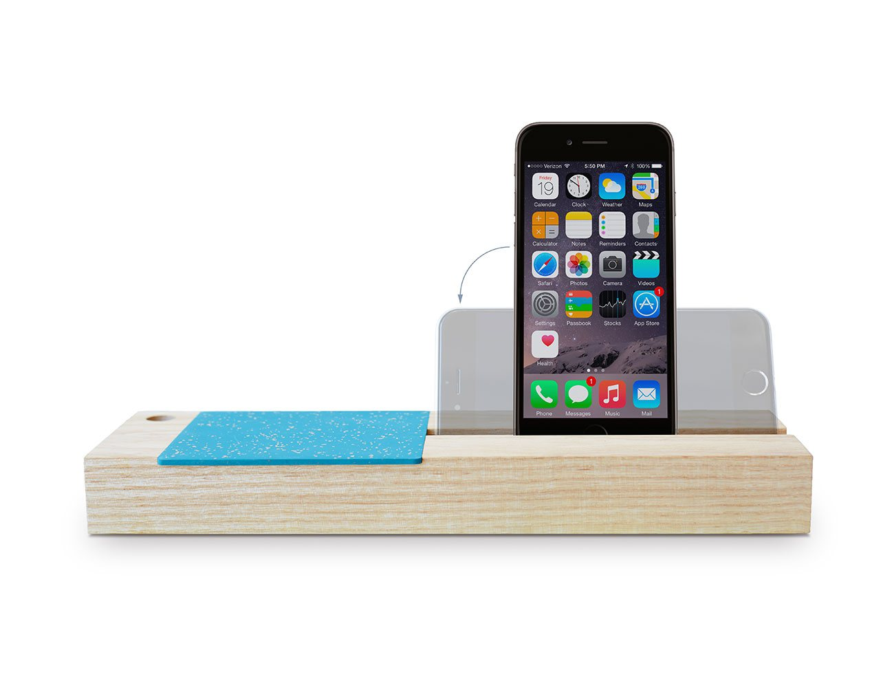 Baxter – iPhone 6 Dock & Storage