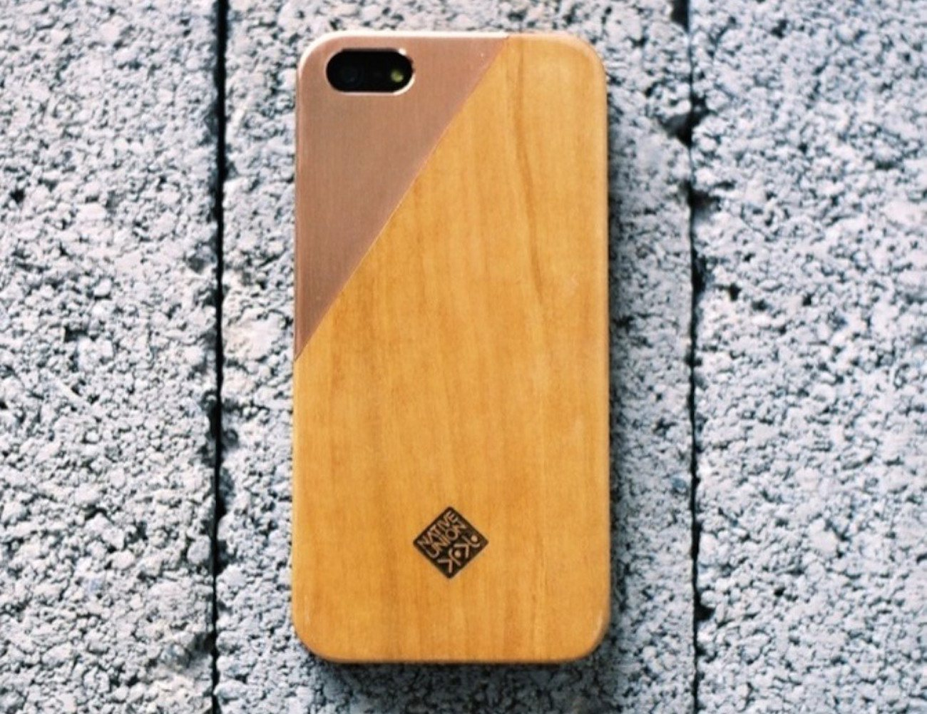CLIC Metal iPhone SE/5s case by Native Union
