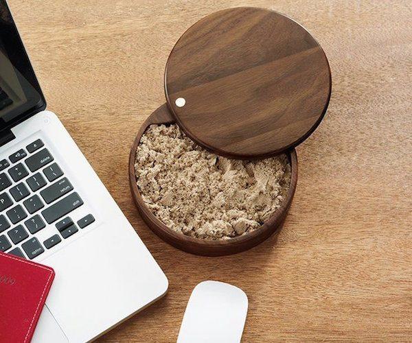 Executive Sandbox – Stash Sand on Your Desk