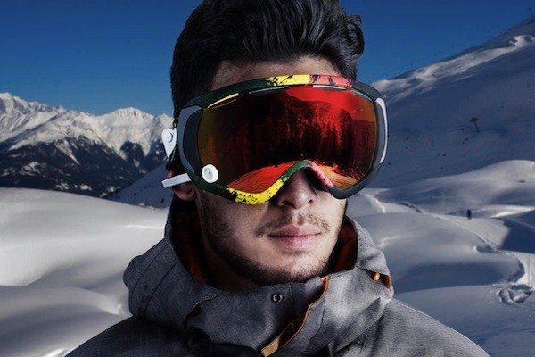 GogglePal Brings AR-HUD Display To Skiers And Snowboarders