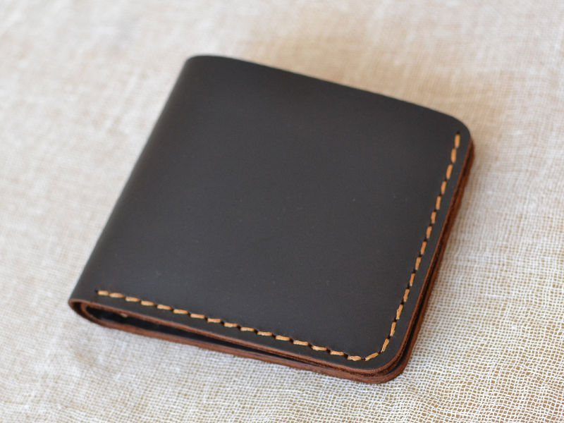 handmade-leather-wallet-04
