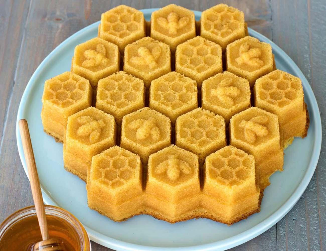Lemon Cake Honey Baked